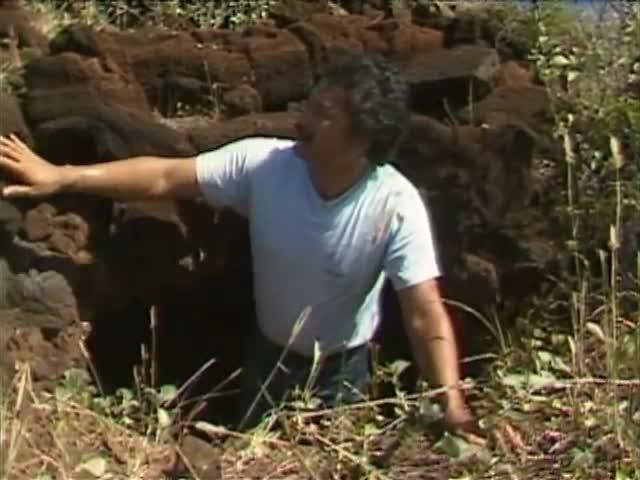 Hale mua and Kūʻula at Kaunolū 2/20/88