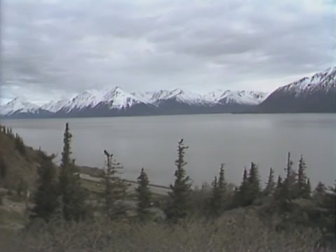 Turnabout inlet