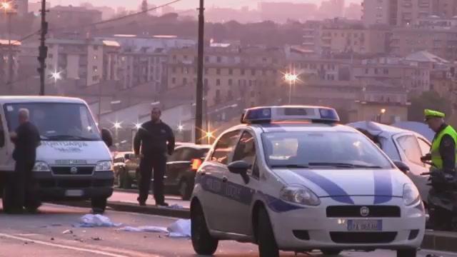 Drammatico incidente stradale in corso Gastaldi, muoiono marito e moglie: le immagini