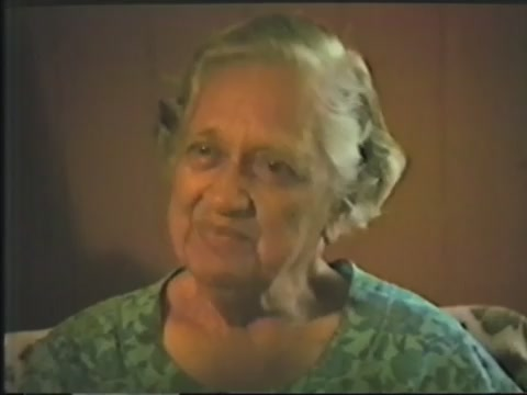 Interview with Aunty Marion Pauline Hale-o-Keawe Peters at her house