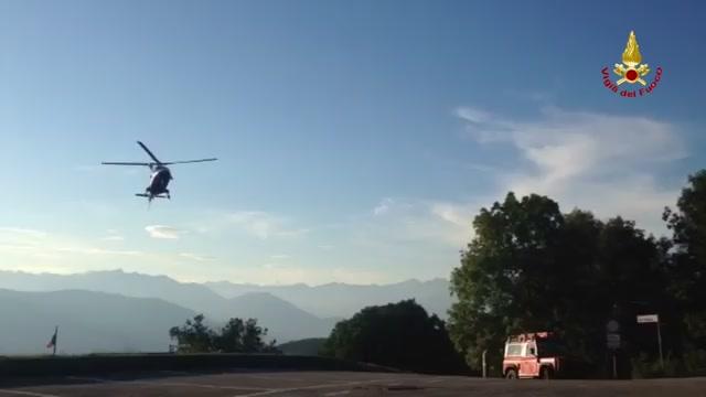 Forcora, le ricerche con l'elicottero