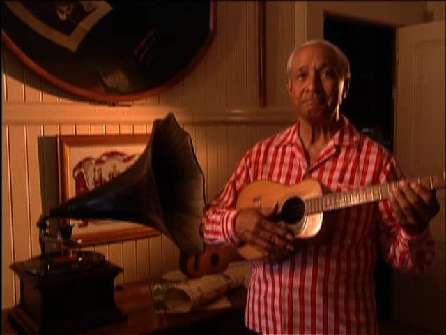 "Eddie Kamae introduces ""Words, Earth & Aloha : The Source of Hawaiian MusIc"" 6/7/95 tape 1"