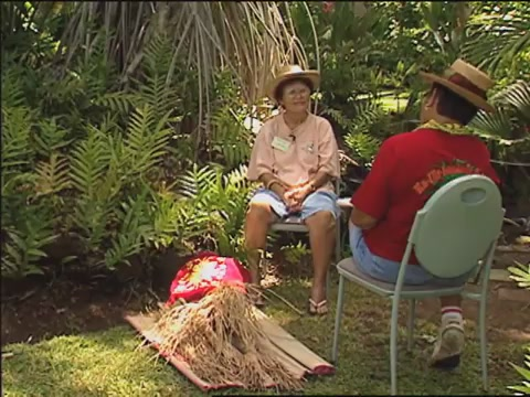 Lauhala weaving with Gladys Grace two